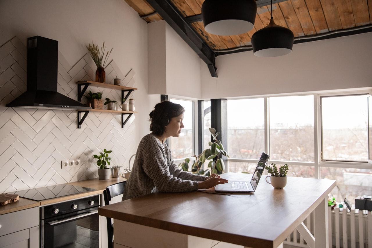 Home Office, aprenda a montar seu escritório dentro de casa.